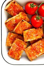 Catalan Tomato Bread (Pa Amb Tomàquet)